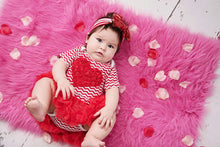 Load image into Gallery viewer, Red heart valentines Outfit for Baby Girls (Newborn-Toddlers)
