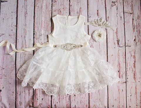 White Flower Girl Dress / Country Flower Girl Dress / Lace Dress..Rustic Flower Girl / Ivory Lace Flower Girl Dress / White