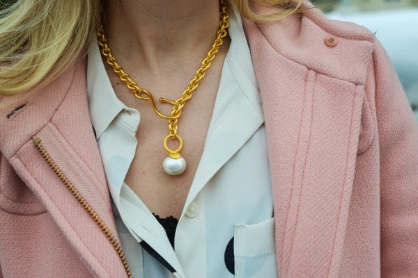 Top 5 Gifts for Mom on Mother's Day:  Pearls, Pearls, and More Pearls