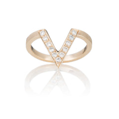 14k Gold & Diamond V-Shaped Ring