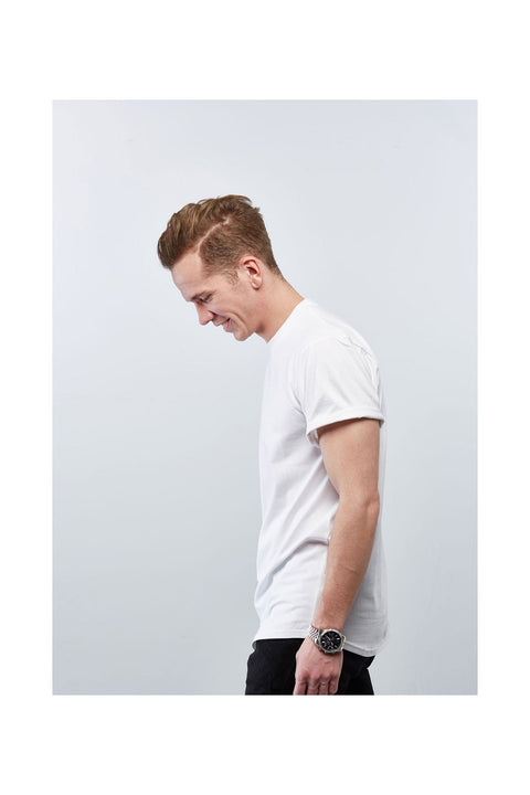 Basic white long tshirt for men-Skyrta tshirt-Designed in Iceland-White Casual tee shirt