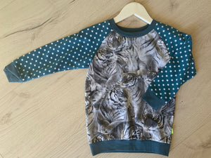 Outlet - Bluse med Tiger str. 110 og 116
