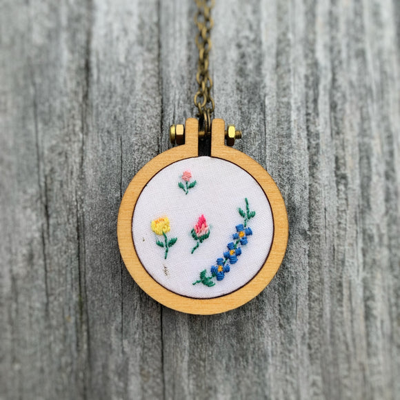 Simple White Floral Handkerchief Mini Hoop Necklace