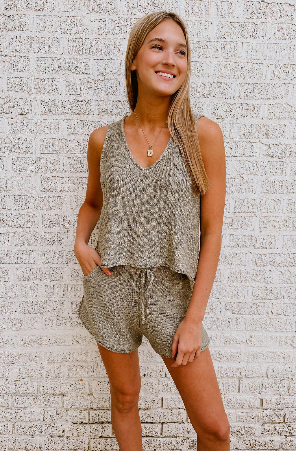 CHILL WEEKEND KNIT TOP