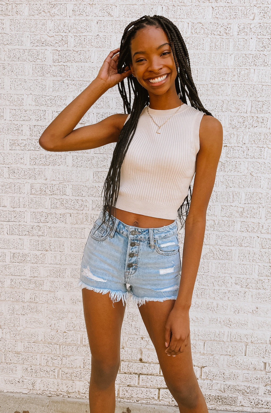 HIDDEN FOUR BUTTON HIGH RISE DENIM SHORTS