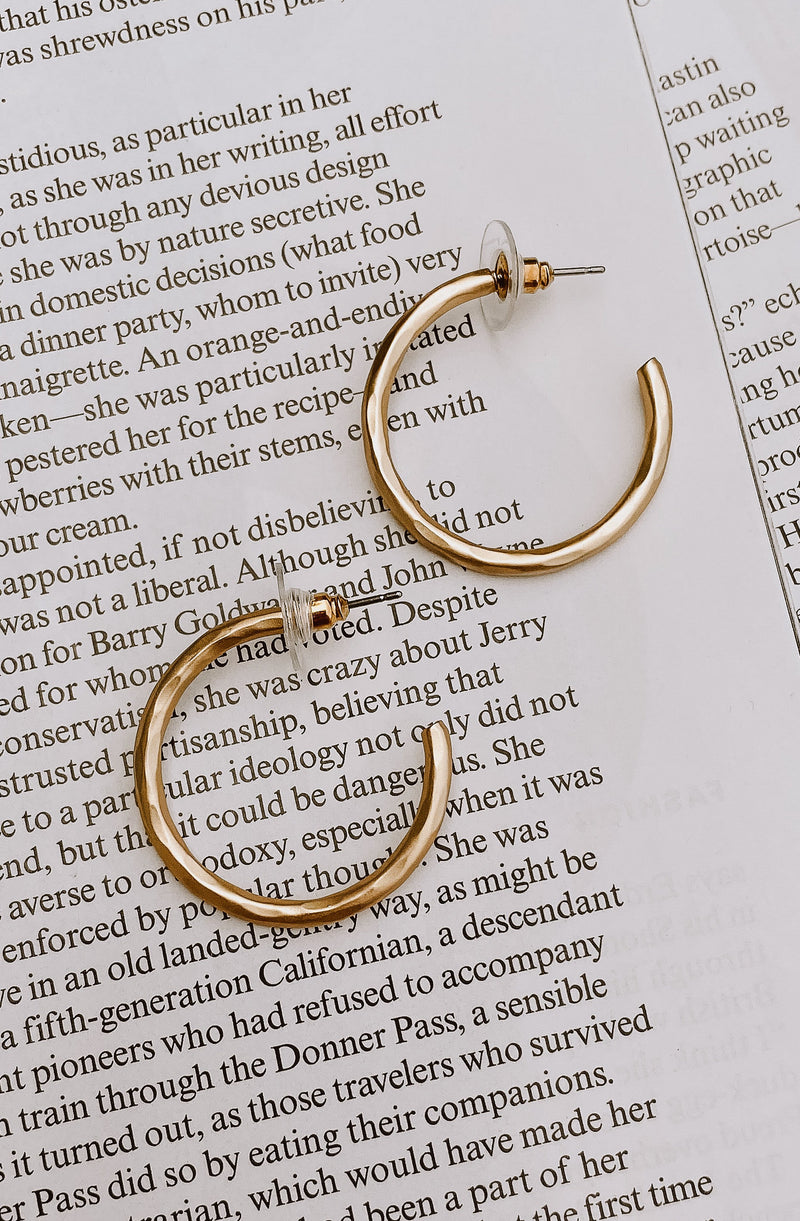 MARSEILLE HAMMERED HOOP EARRINGS