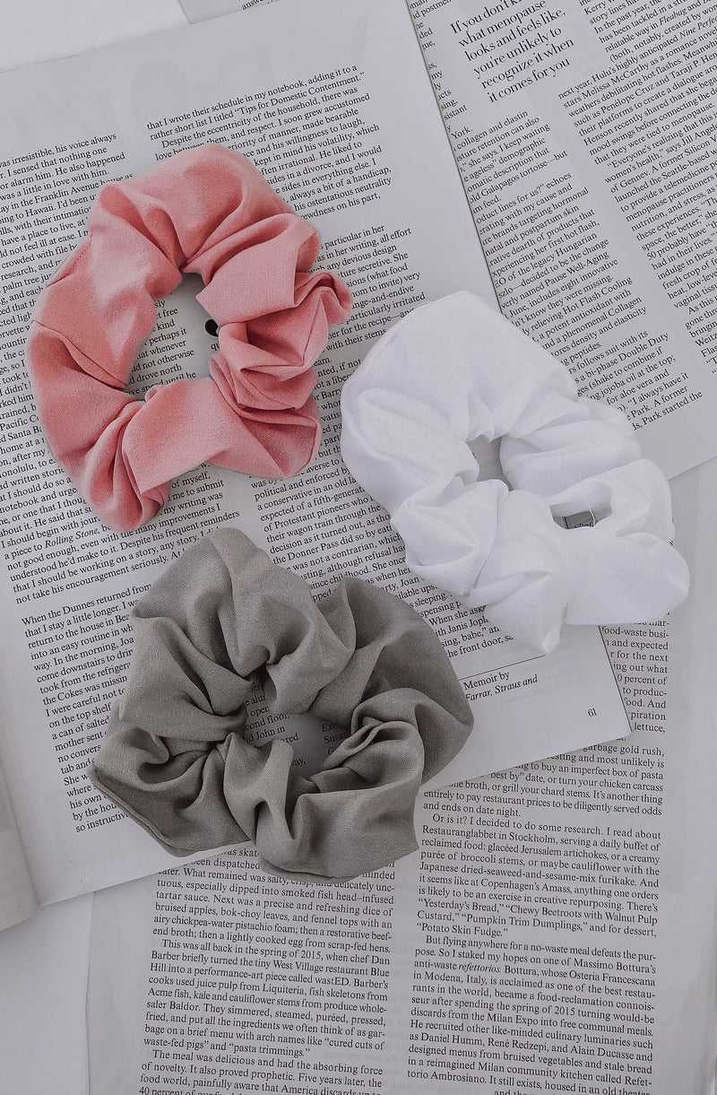 CALM SKIES SCRUNCHIE SET