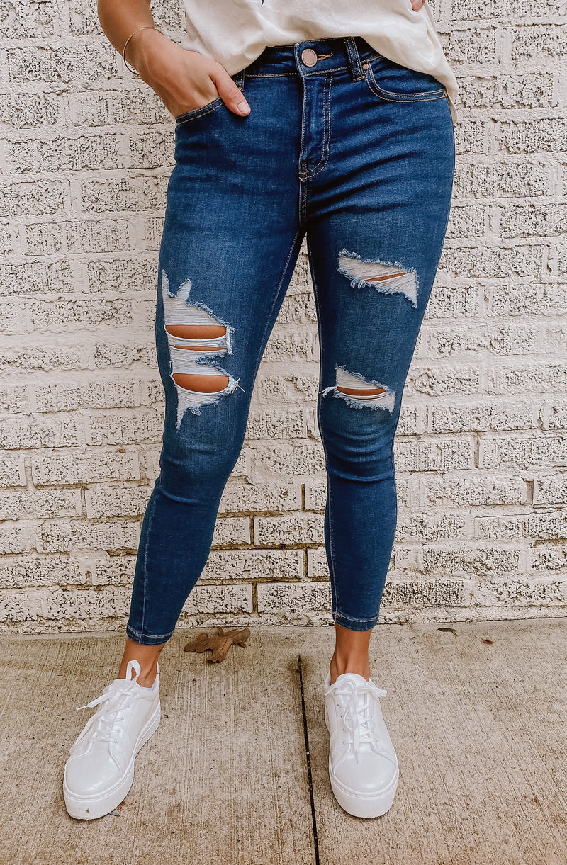 WAIST FOR ME DISTRESSED DENIM