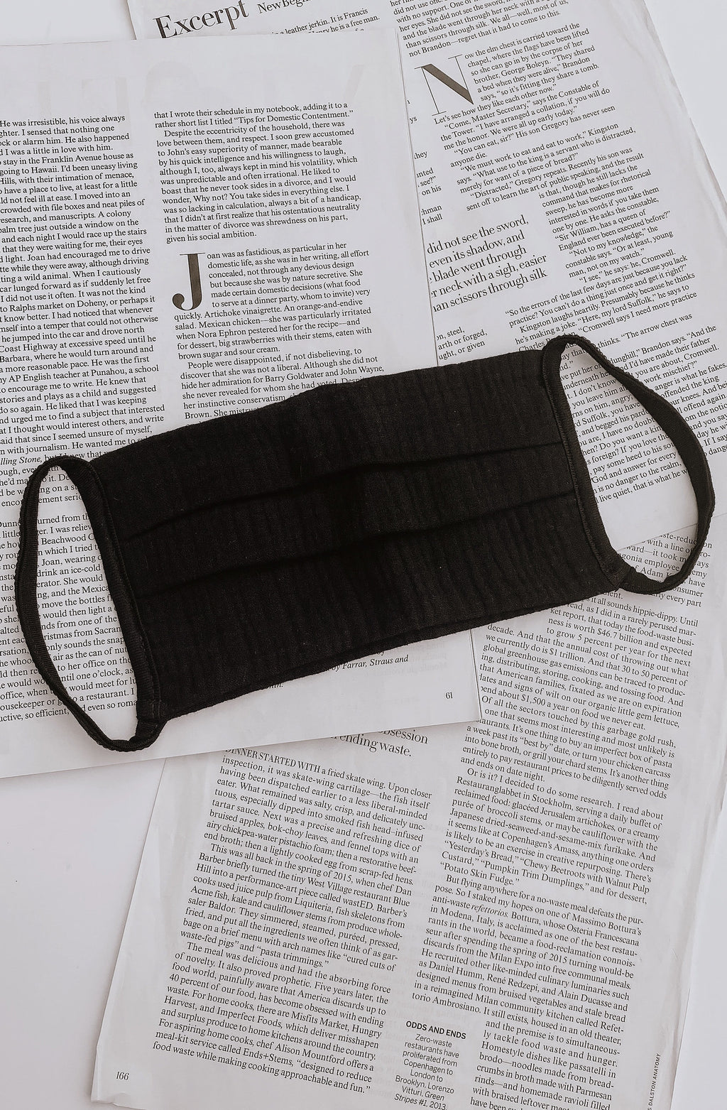 THE STAPLE BLACK FACE MASK