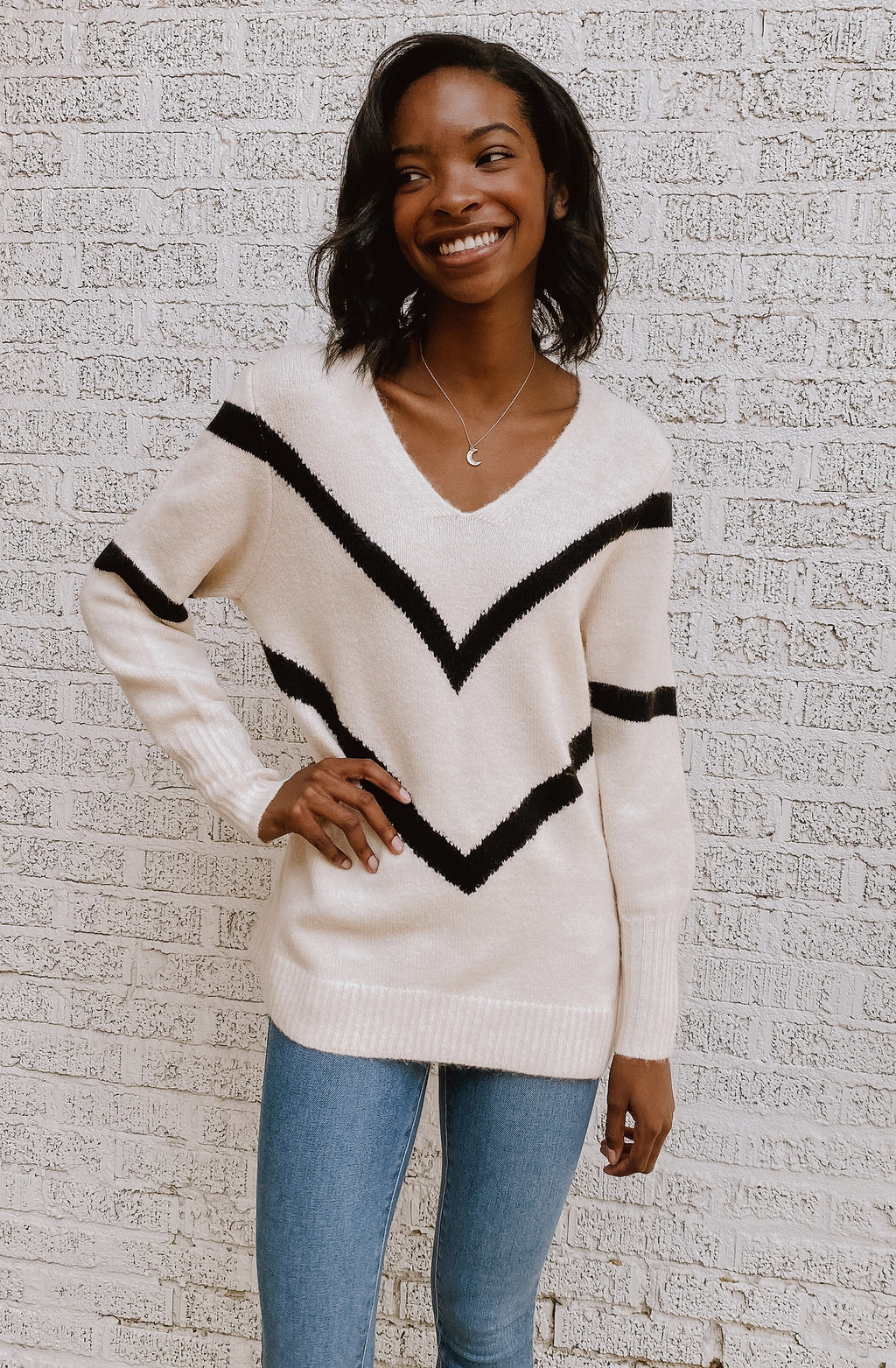 CHESHIRE CHEVRON KNIT SWEATER