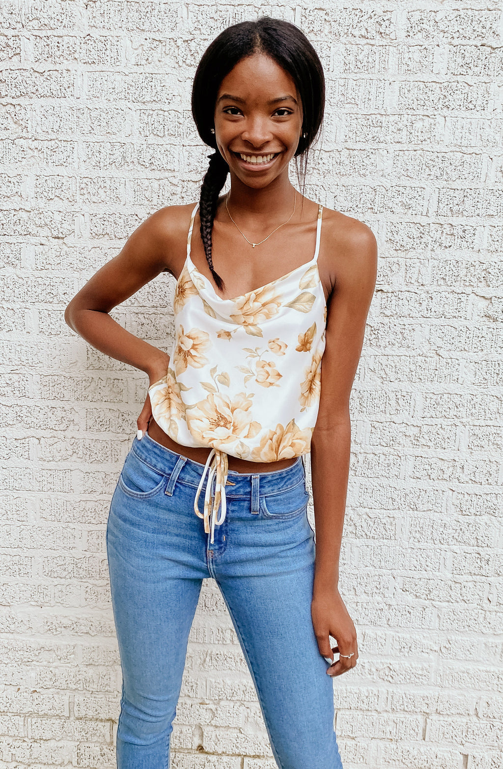CHARMING DARLING CROPPED TOP