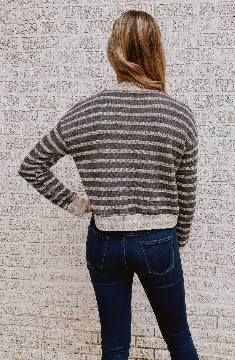 LOVELY FRIENDS STRIPED PULLOVER