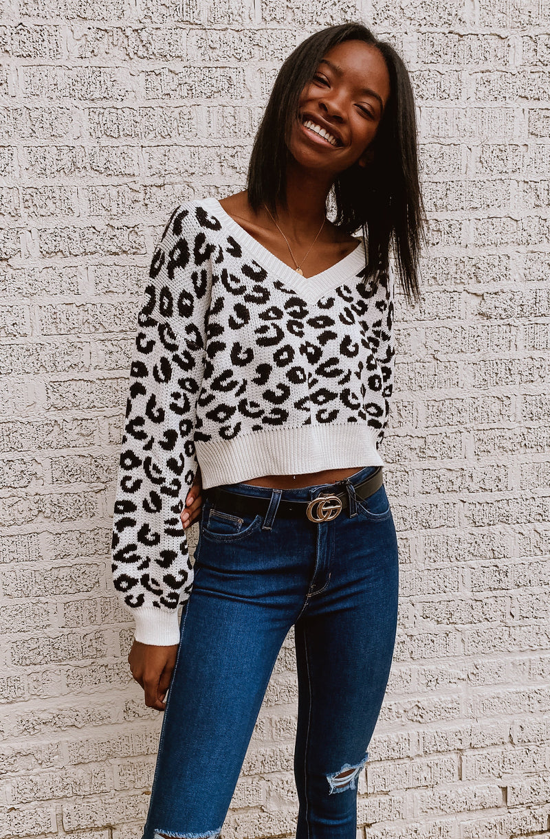 VENUS IN LEO CROPPED SWEATER