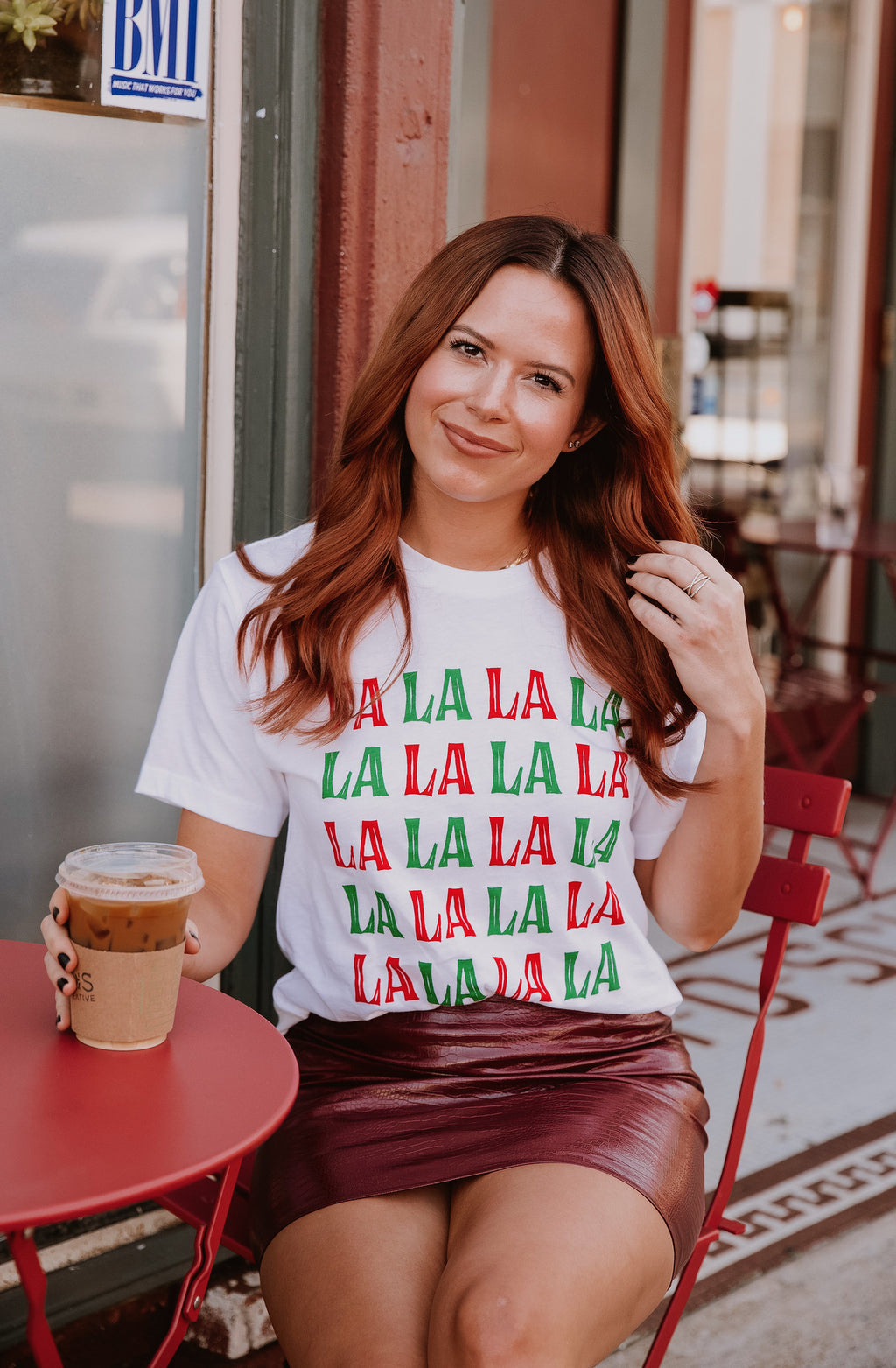 FA LA LA GRAPHIC CHRISTMAS TEE