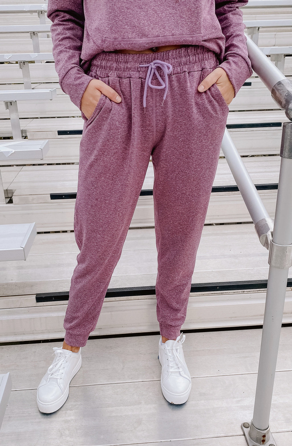 MAUVE OVER FLEECE-LINED JOGGERS