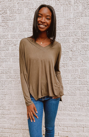 CASUAL CHILLIN' TUNIC TOP