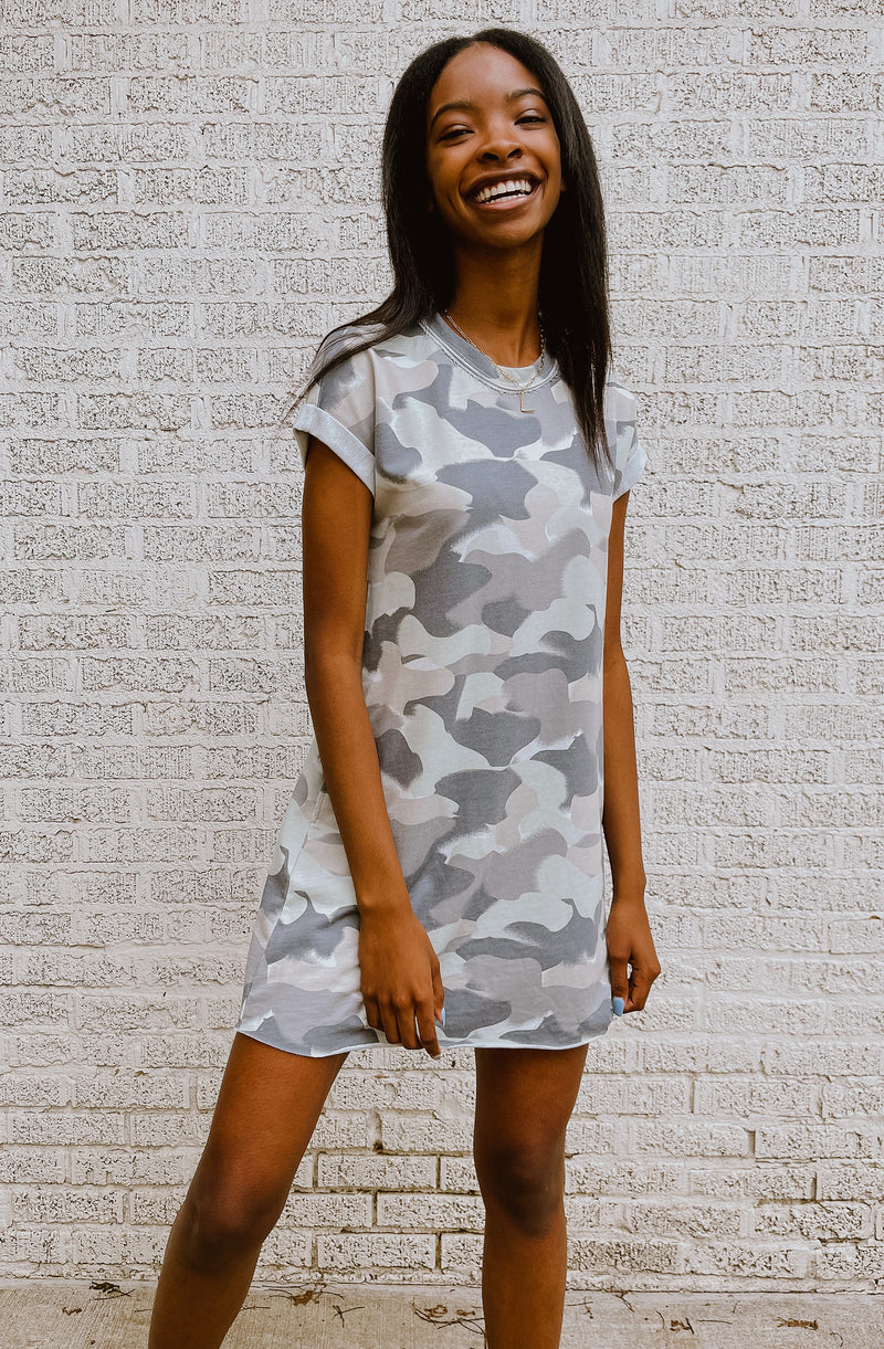 Z-SUPPLY AGNES PAINTED CAMO TERRY DRESS