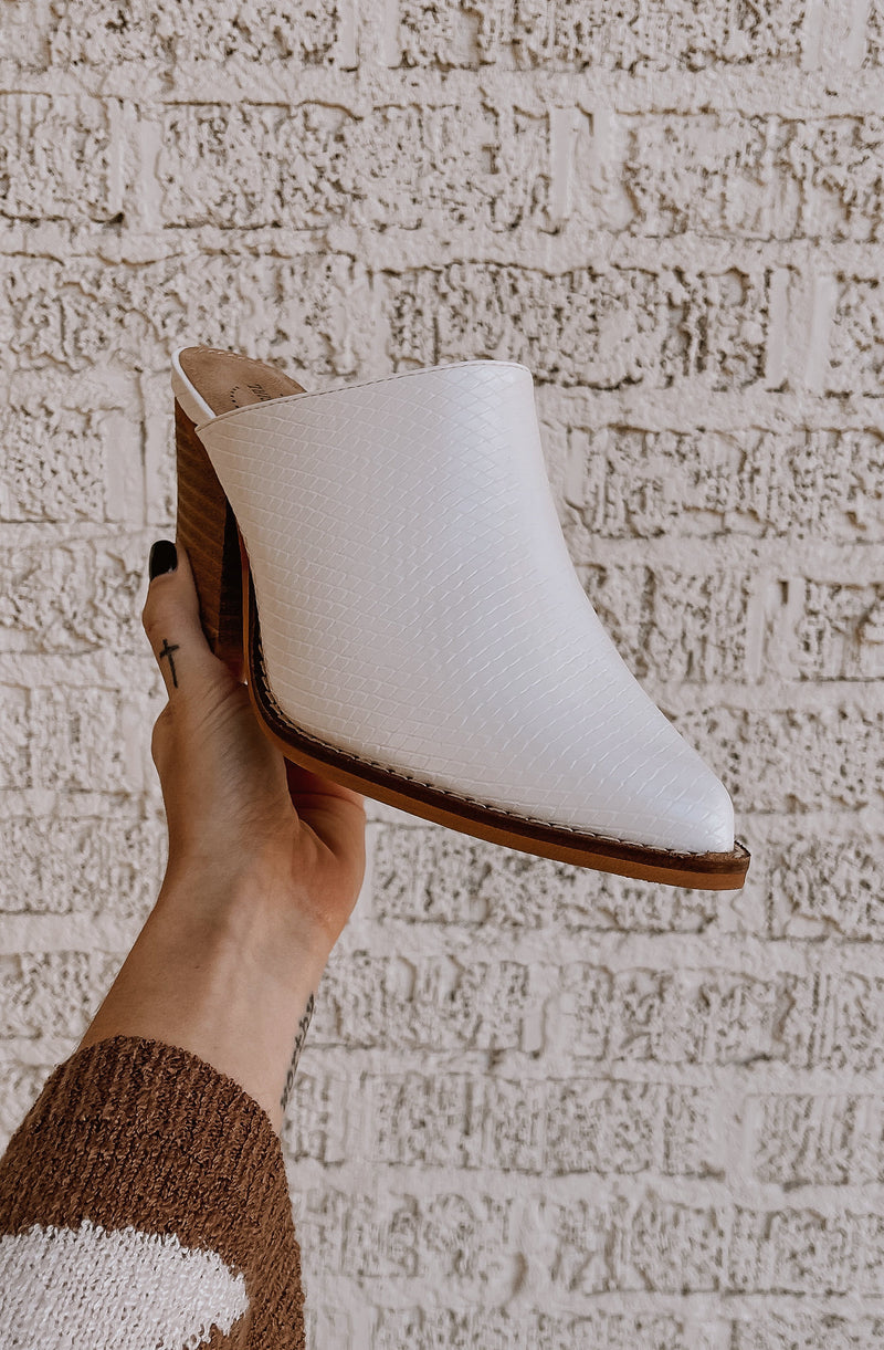 MELODY STACKED CHUNKY HEEL