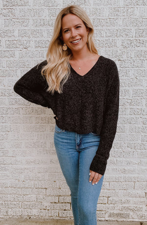 DAY TO NIGHT CROPPED SWEATER