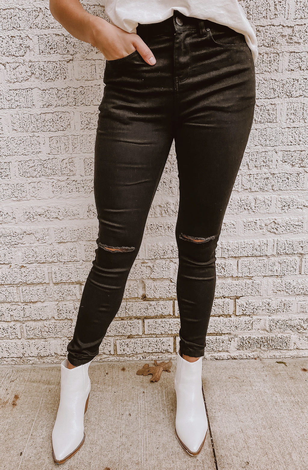 IN HIGH SPIRITS HIGH RISE SKINNY JEANS