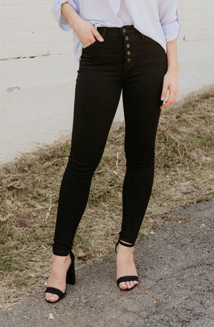 ALL BUTTONED UP HIGH RISE DENIM IN BLACK