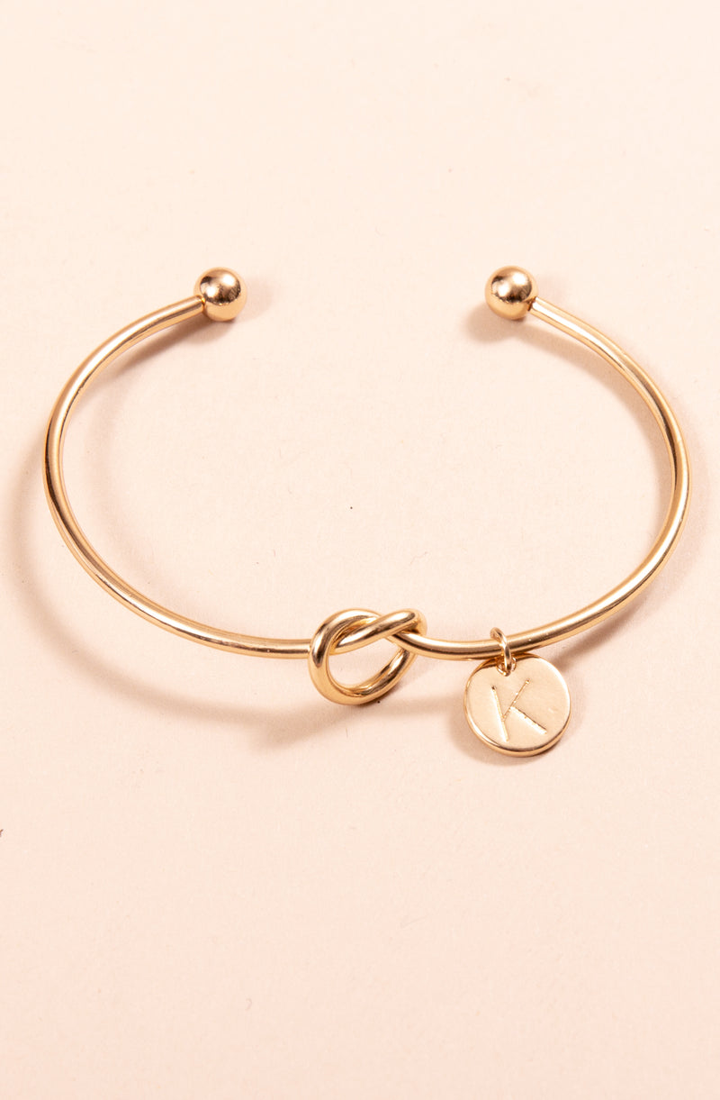 GOLD INITIAL KNOT BRACELET