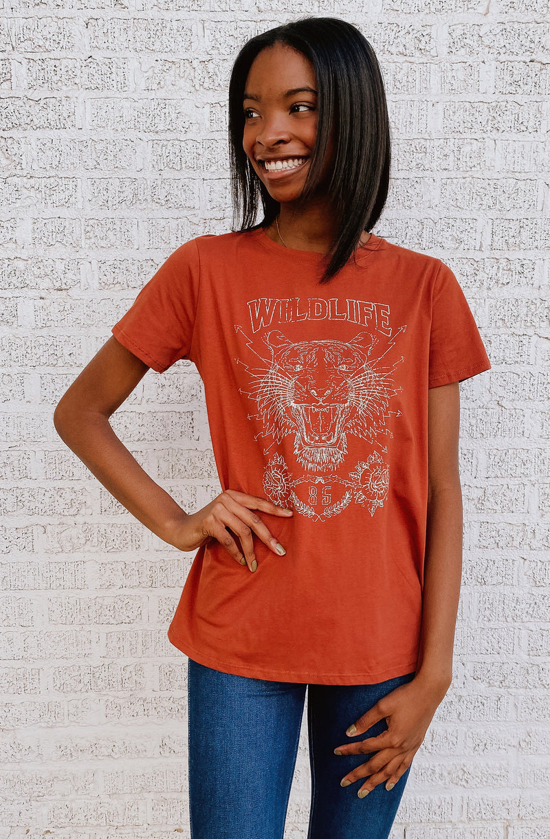 WILDLIFE TIGER GRAPHIC TEE