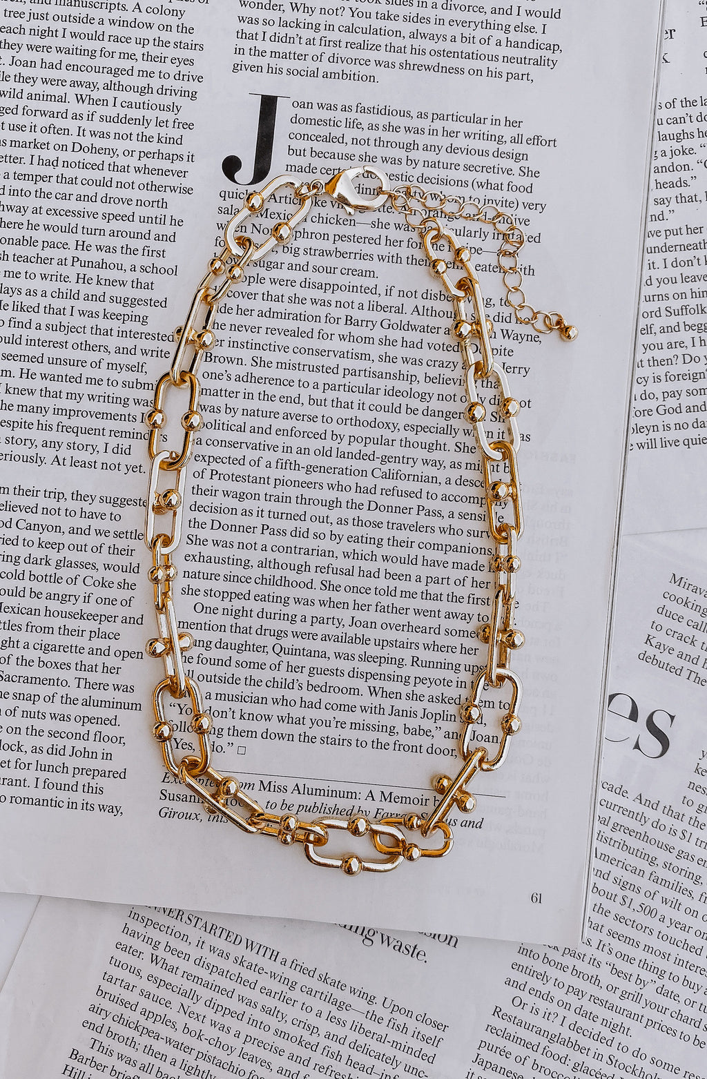 TOUGH GAL OVERSIZED LINK CHAIN NECKLACE