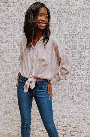 WORK IT GIRL BUTTON UP BLOUSE