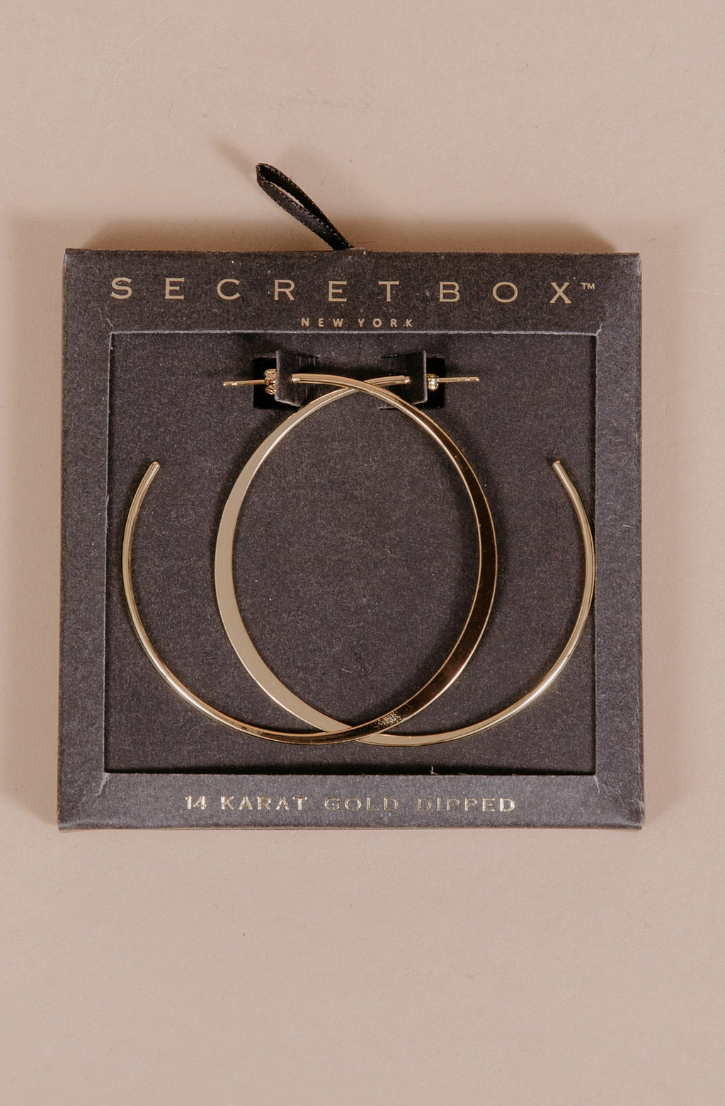 STAND OUT GOLD HOOPS