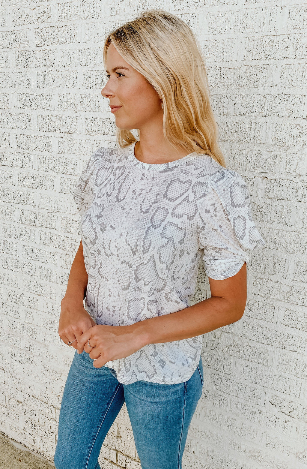 SIMPLY SNAKE TOP