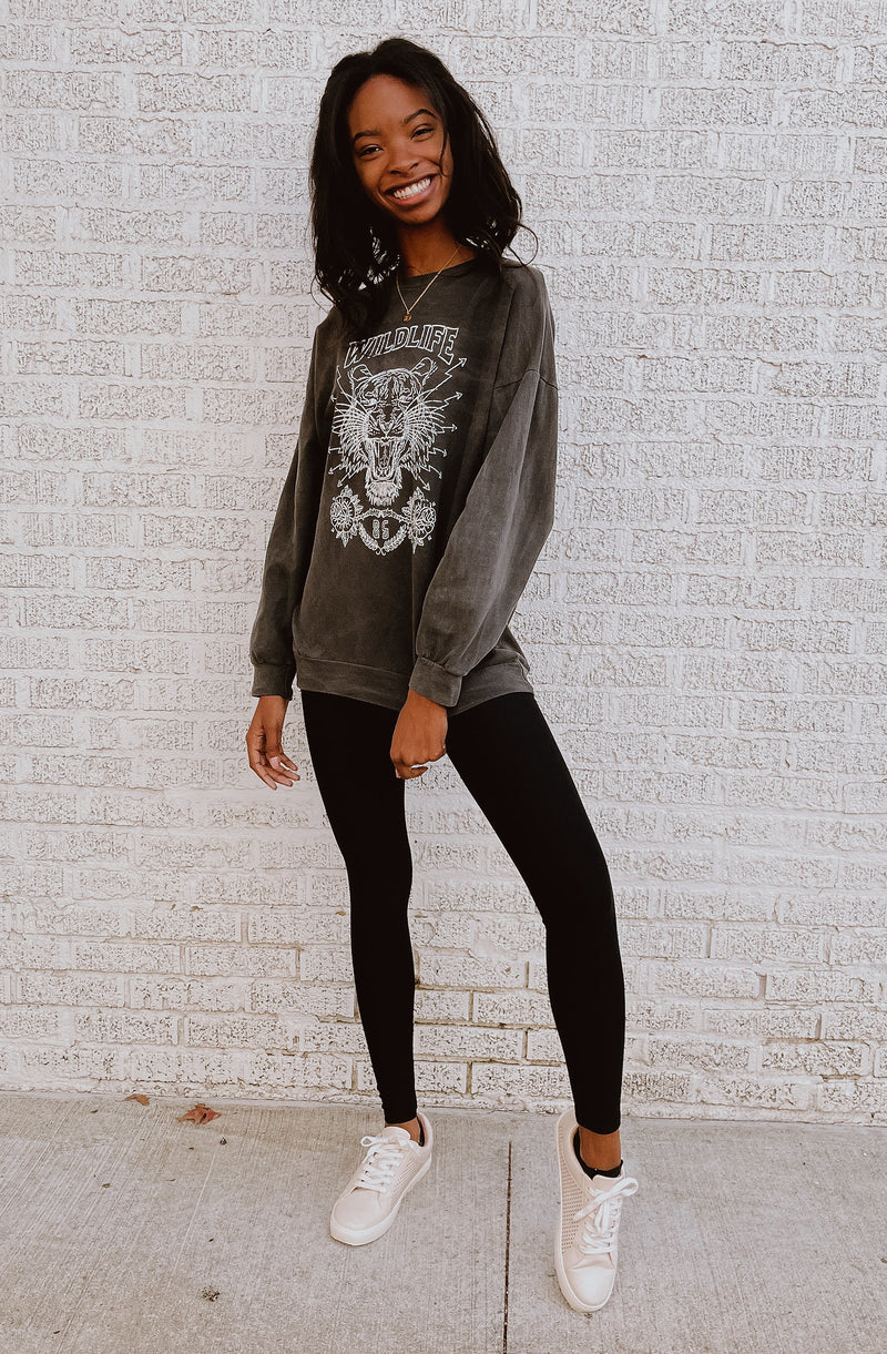 WILDLIFE PREMIUM OIL WASHED GRAPHIC PULLOVER