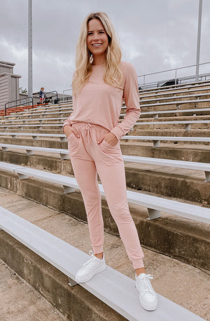 ROSÉ ALL DAY SET LONG-SLEEVED TOP
