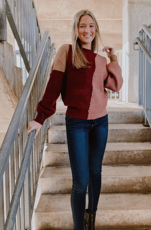 BUNCHES OF ROSES COLOR BLOCKED SWEATER