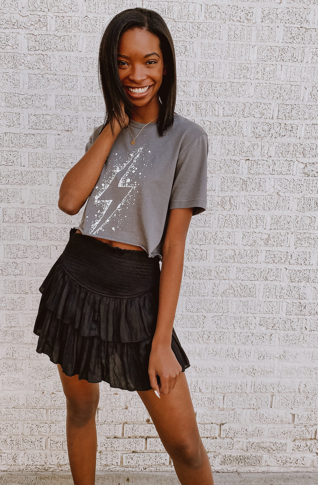LIGHTENING CROPPED GRAPHIC TEE