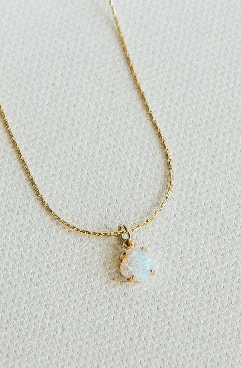 BRENDA GRAND'S OPAL NECKLACE