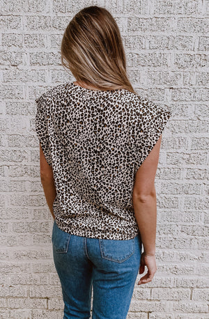 LEAPING TO IT LEOPARD MUSCLE TEE