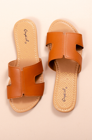 SUMMER IN THE SUN SANDAL COGNAC