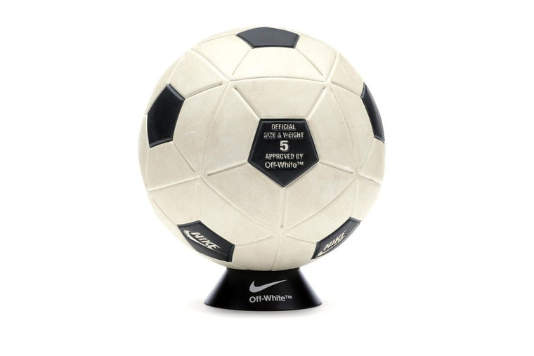 Nikelab x OFF-WHITE Magia Soccer Ball (White)