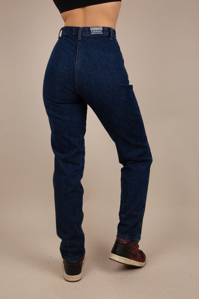 super flattering dark-wash high-waisted jeans