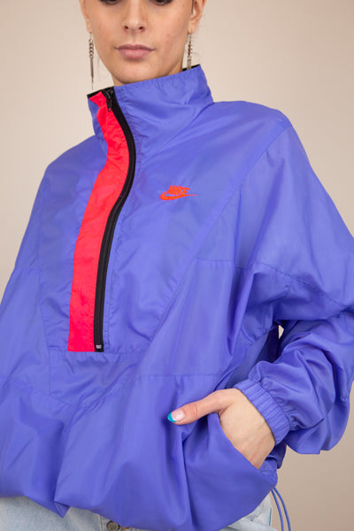 Model wearing Nike Jacket, magichollow