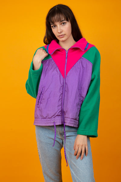 Girl wearing 90s Ski Jacket, magichollow