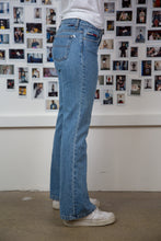 Load image into Gallery viewer, Bootleg Tommy Hilfiger Flares
