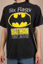 Load image into Gallery viewer, batman six flags tee. 90s vintage. magichollow.