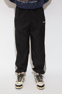 adidas trackpants. 90s vintage. magichollow!