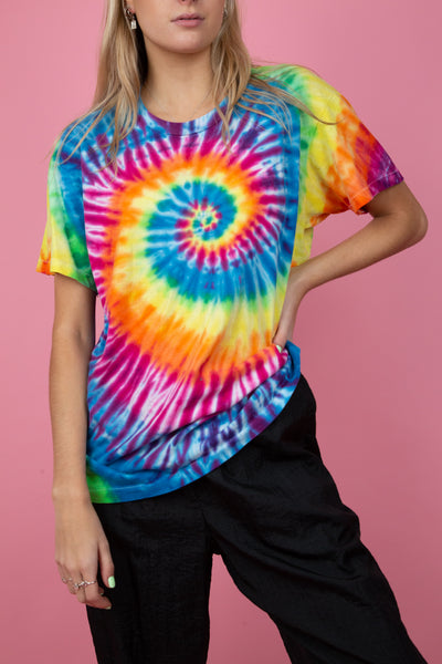 tie-dye tee. rainbow coloured. single stitch. shop now. magichollow.
