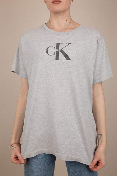 Model wearing Calvin Klein Tee, magichollow