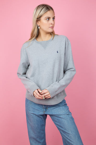 grey ralph lauren crew neck sweater. magichollow