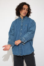 Load image into Gallery viewer, Ralph Lauren Button Up. 90s Vintage. magichollow.