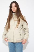 Load image into Gallery viewer, model wearing tommy hilfiger jacket, magichollow